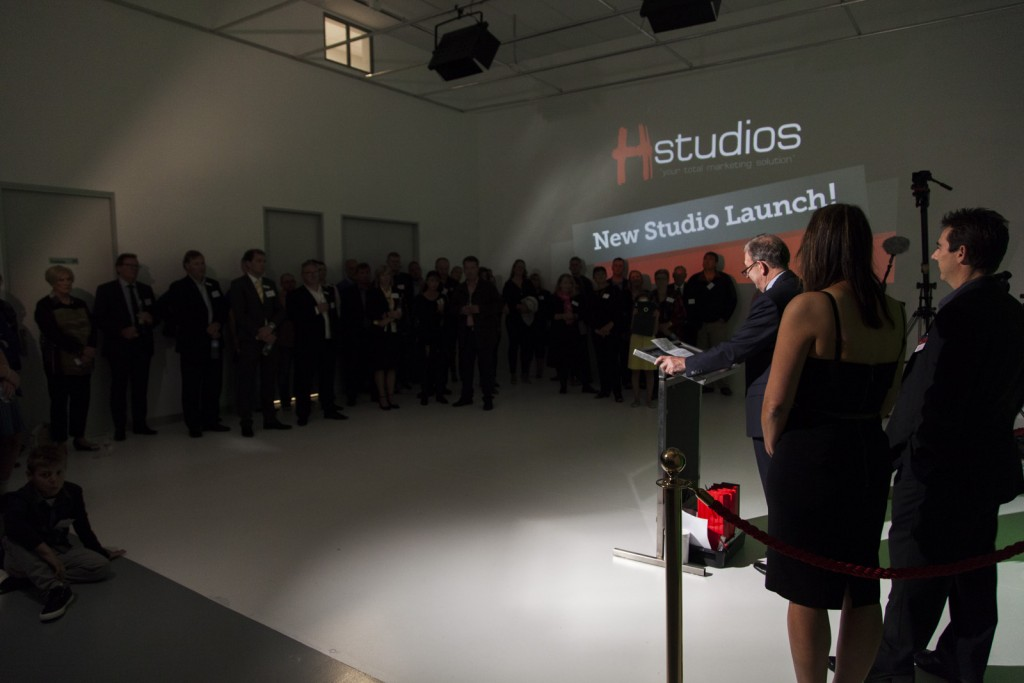 Photo of the presentation and the crowd in the video studio.